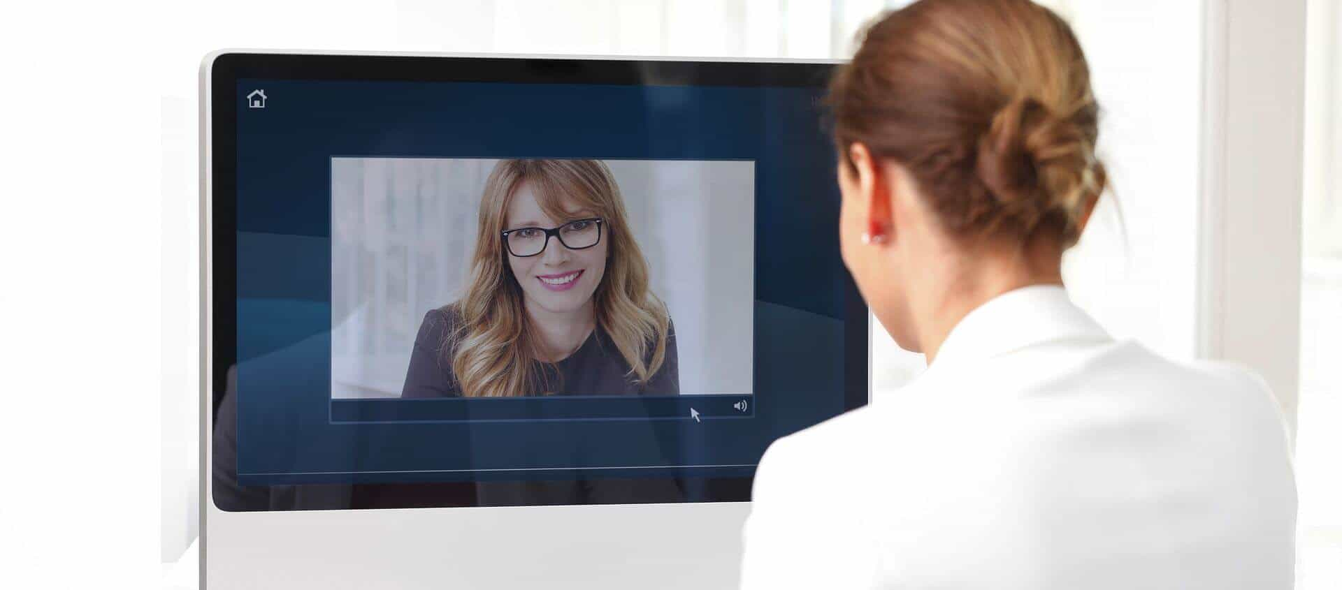 Inspire your customers with instant video communication and screen sharing